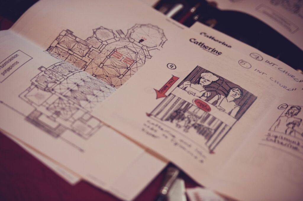 storyboard ja turun tuomiokirkon pohjapiirros tv-sarjan kuvasuunnittelua varten
